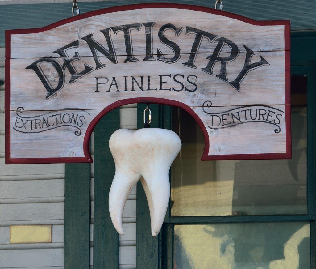 Cartel antiguo de dentista