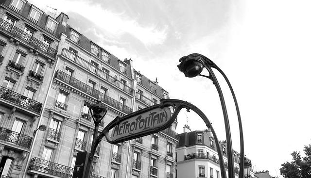 Rincón de París con su metro