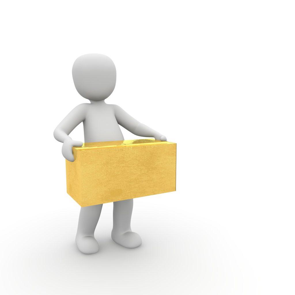 Mensajero con paquete