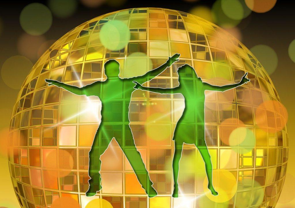 Silueta de pareja de bailarines